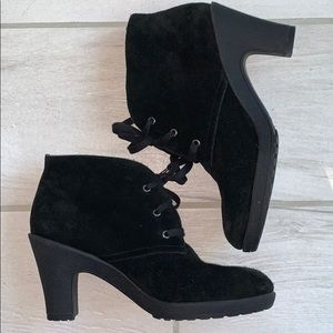 Aerosoles Ruffalo Wing Black Suede boots